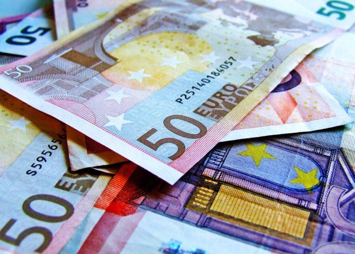 bank-banking-banknote-262558